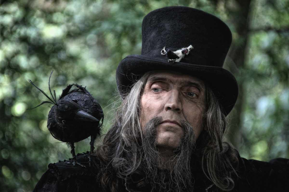 ...Mr Raven...