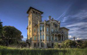 ...ArtDeco Villa...