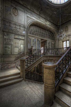 ...Majestical Entrance...